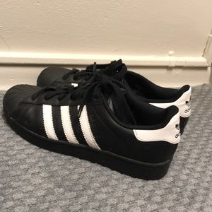 Like New Black Adidas Superstars
